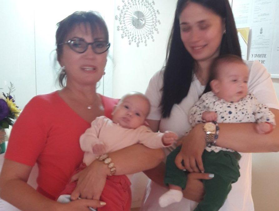 Anđeli Hana i Helena u ordinaciji Anđelić